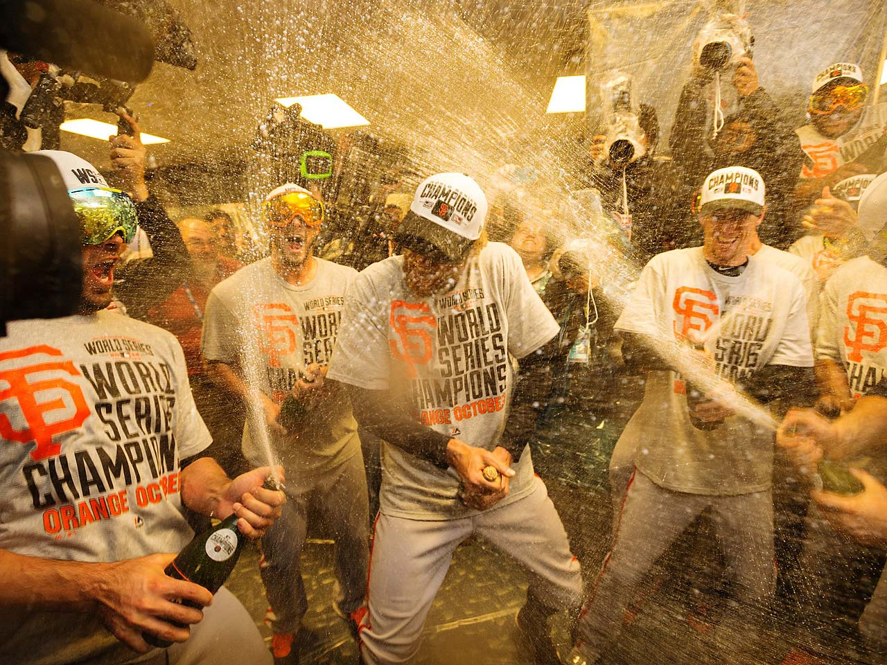Hunter Pence and teammates have this routine down to a science now.