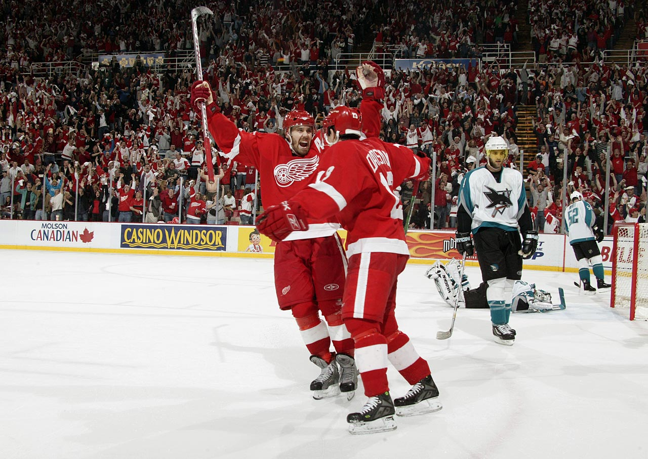 Arguably the NHL's finest pair of two-way forwards, they are now the heart of the Red Wings after 11 seasons and a Stanley Cup together (2008).  Zetterberg, the 2008 playoff MVP, inherited the captaincy after the retirement of defenseman Nicklas Lidstrom in 2012. Datsyuk, a three-time Selke Trophy winner, remains a wizardly stickhandler, playmaker and scorer. Together on a line or separately, they make good things happen and have been integral to keeping Detroit's playoff run of 23 consecutive seasons alive.