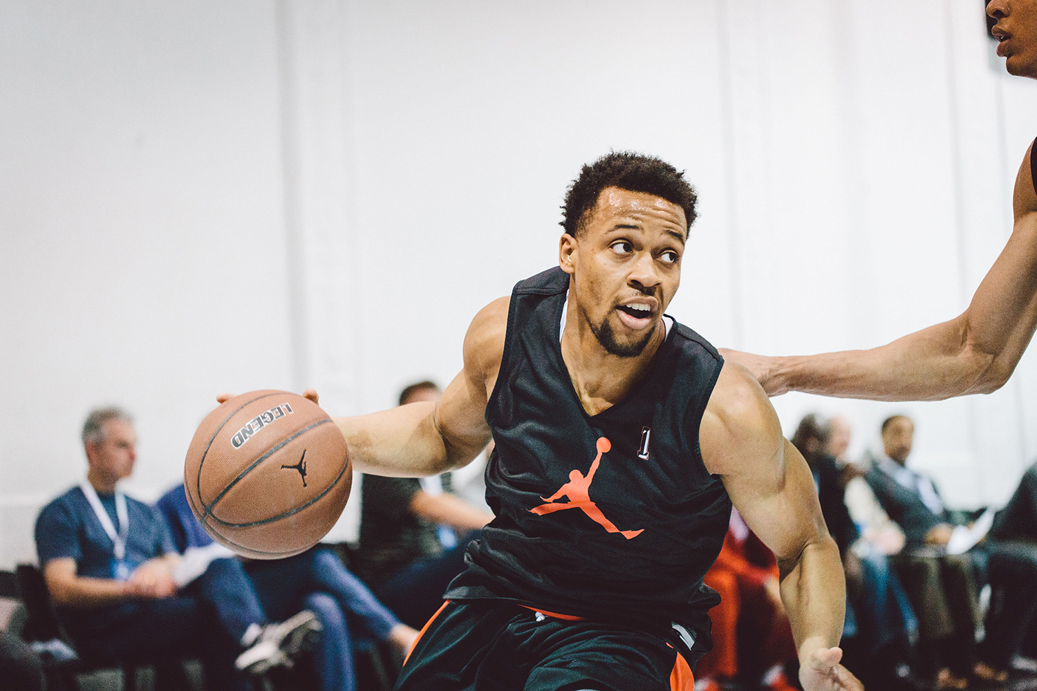 The West team ultimately won the game 118–116 but it was the East's team Isaiah Briscoe who was the star of the show. Due to proximity of his hometown in Jersey, Briscoe's confidence was on a different level.