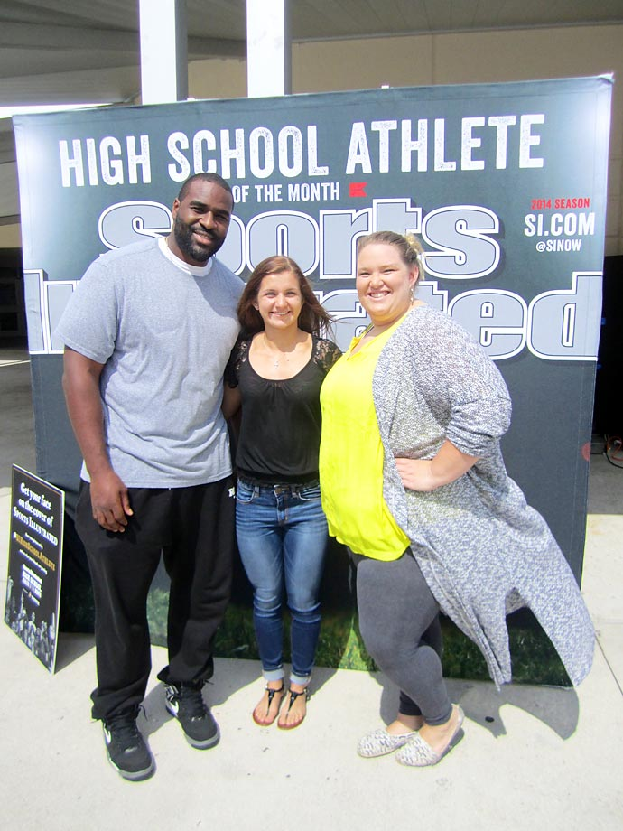 Jeanpierre, who has been to two Super Bowls with the Seahawks, and 2012 Olympian Holley Mangold smile with SI High School Athlete of the Month Savannah Braud.