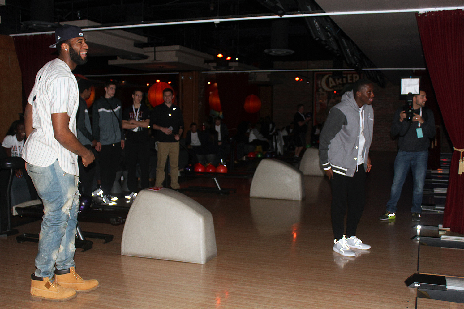 """Victor Oladipo was the star of the of the night taking over the brand's Snapchat, singing a verse of Musiq Soulchild's """"So beautiful,"""" and getting into a competitive bowling match against Andre Drummond."""