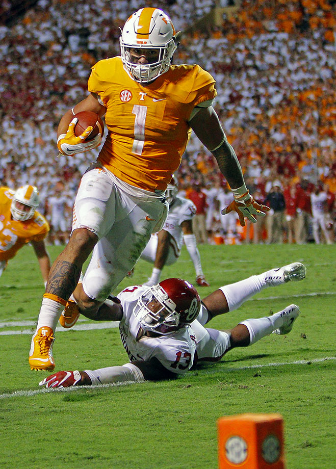 Hurd started every game for the Volunteers last season as a sophomore and earned second team All-SEC honors. He rushed for 1,285 yards and 12 touchdowns.
