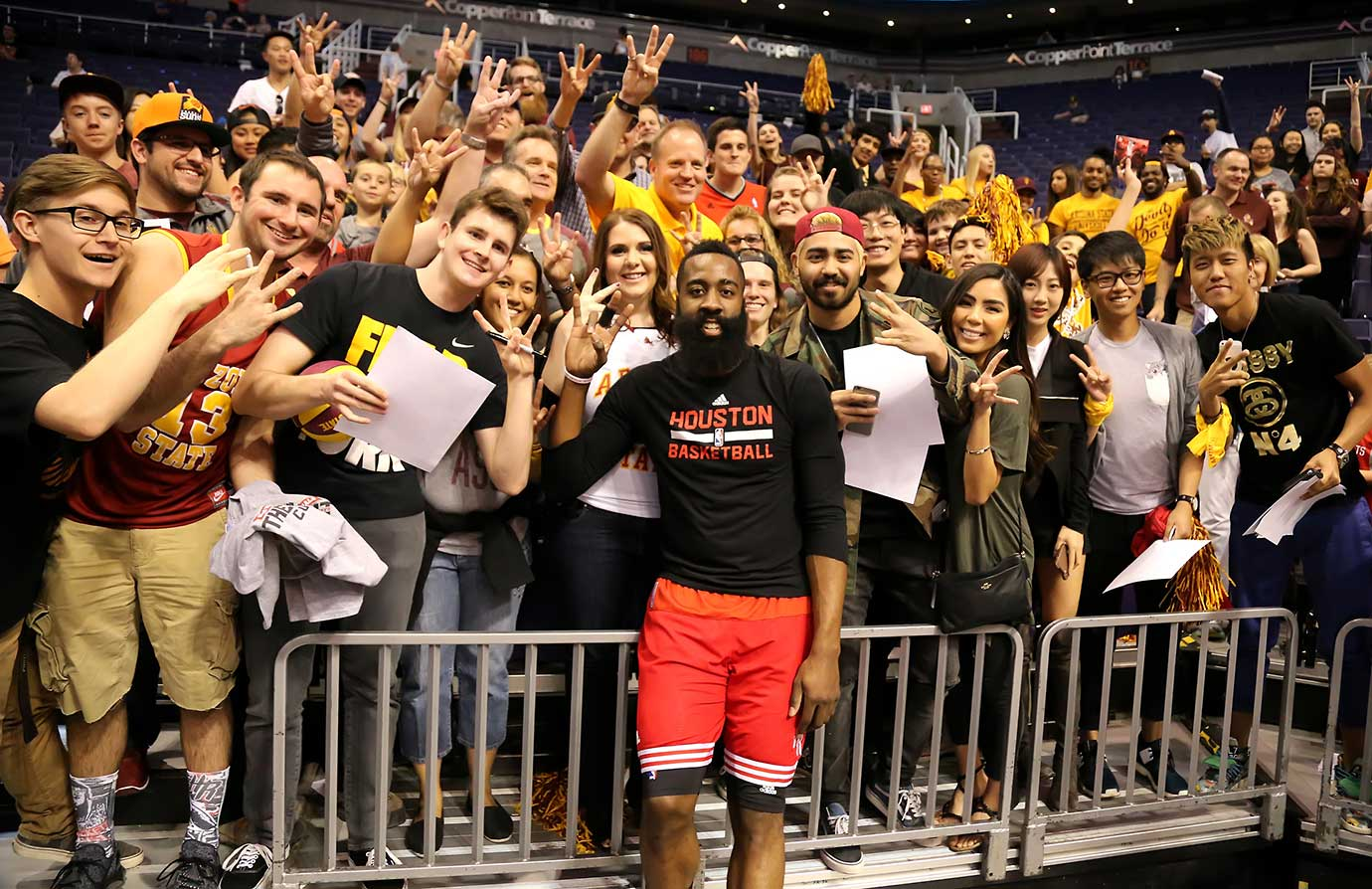Houston Rockets star James Harden goofs off with Arizona State fans before facing the Phoenix Suns.