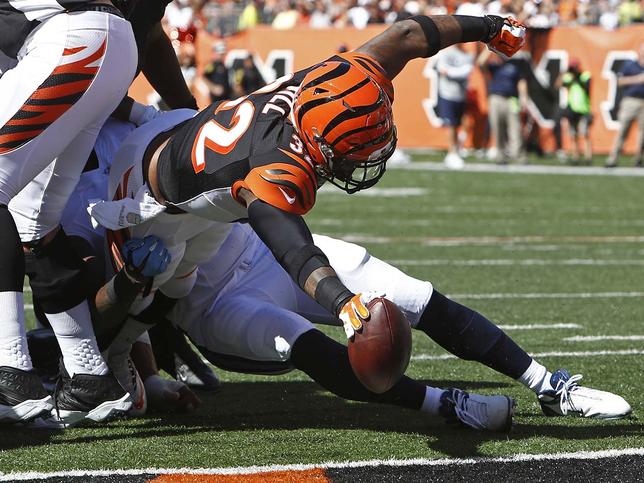 Cincinnati Bengals running back Jeremy Hill dives into the end zone for a four-yard touchdown.