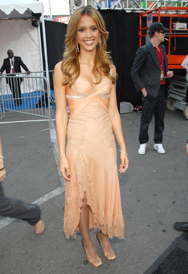 Jessica Alba :: Kevin Mazur/WireImage