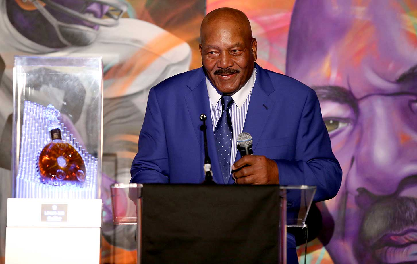 Former Cleveland Browns running back and NFL Hall of Famer Jim Brown, who turns 80 on Feb. 17, was honored in San Francisco Thursday by Haute Living and Louis XIII.