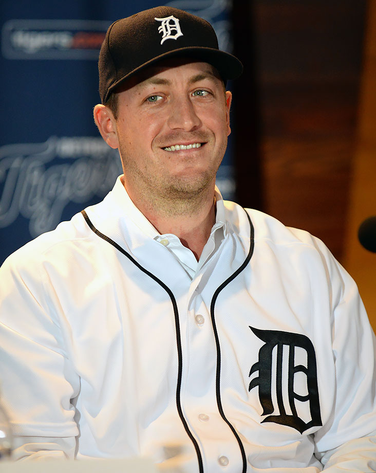The first major signing of the 2015 offseason, two-time All-Star Jordan Zimmermann had a career 70-50 record and 3.32 ERA in seven seasons with the Washington Nationals before rejecting a qualifying offer and leaving to sign with the Detroit Tigers on Nov. 29, 2015.