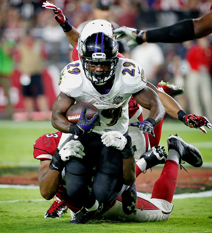 Forsett's season ended a couple weeks ago due to a broken arm, and injuries normally excuse a player from the All-Bust team. But Forsett lasted 11 weeks into the 2015 campaign and underperformed his weekly projections by an average of 4.2 points per week.                   Forsett was expected to be a borderline RB1/RB2 in standard leagues but performed like an unreliable flex option. That drop was mostly caused by Baltimore's inability to punch the ball into the end zone amidst another frustrating season from Joe Flacco. Forsett averaged a decent 4.1 yards per carry but only totaled two touchdowns in 10 games and tallied 20 carries just twice, as the Ravens were often playing from behind.