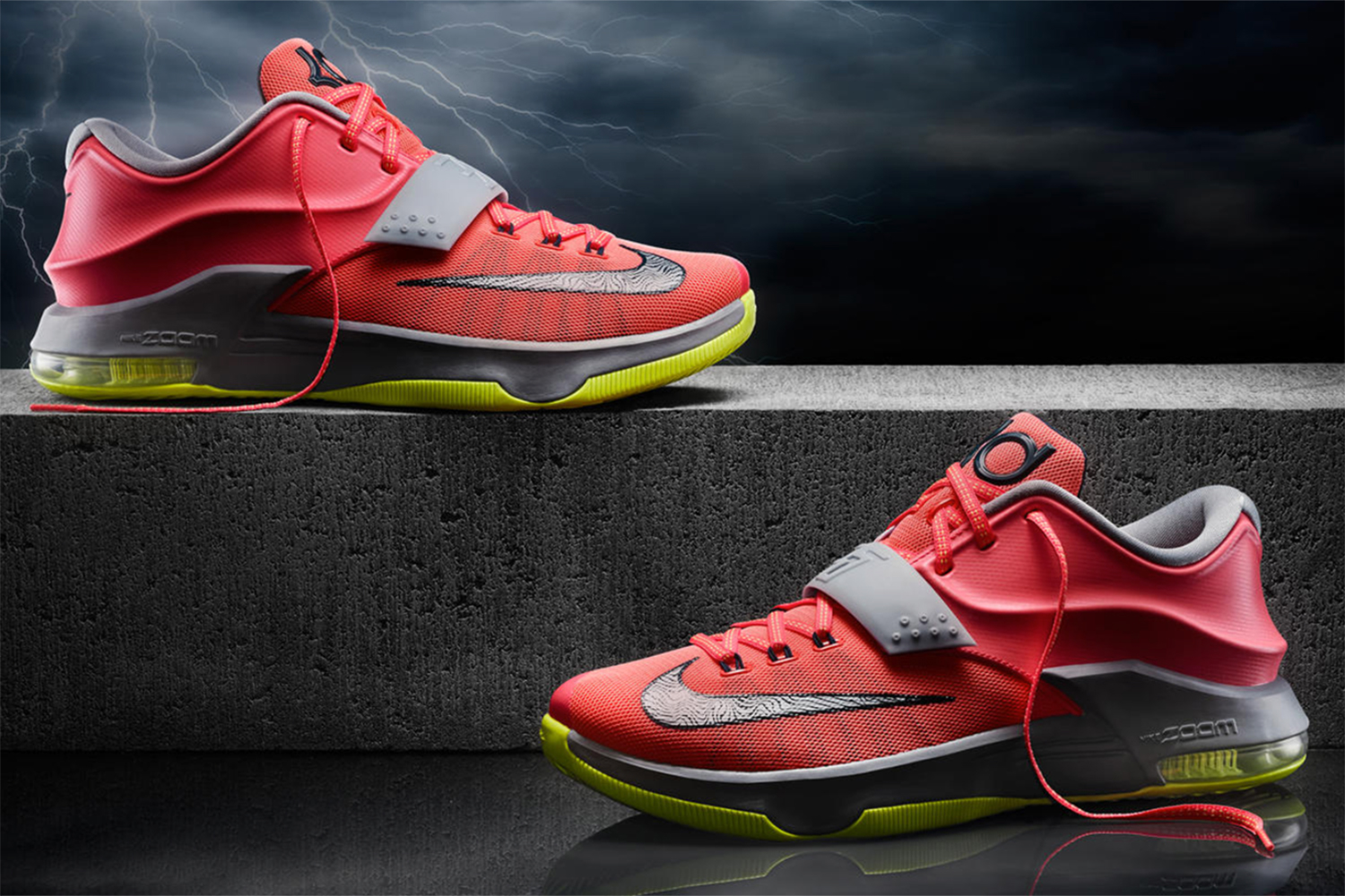 Oh, how we love the strap. The KD7 strap gives such a playful style to the technology-full seventh signature for Kevin Durant. From multiple cushioning technologies to ventilated mesh and Flywire cabling to durable Hyperposite, the technology allows the KD7 to shine, all while the myriad of colorways gives us all kinds of KD-inspired looks—including with weather-influenced designs. But the best part? That strap.