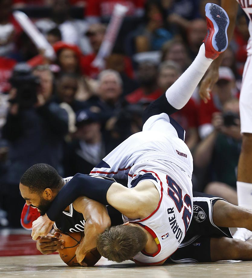 Atlanta Hawks' Kyle Korver and Nets' Alan Anderson.