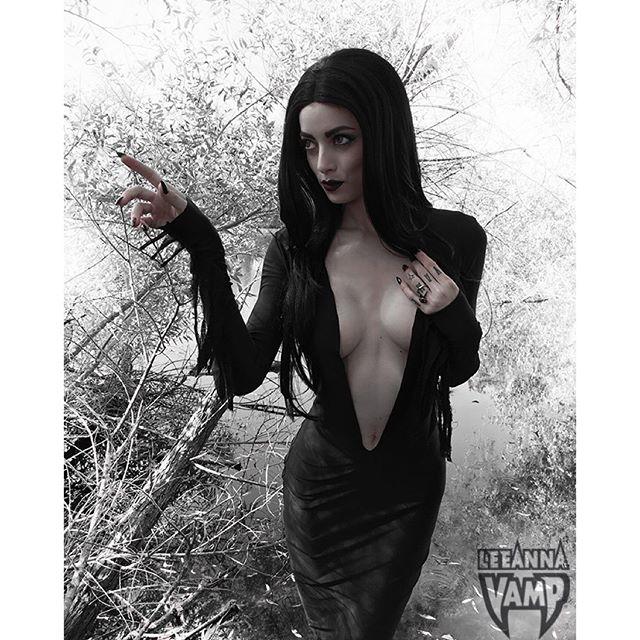 LeeAnna Vamp :: @leannavamp/Instagram