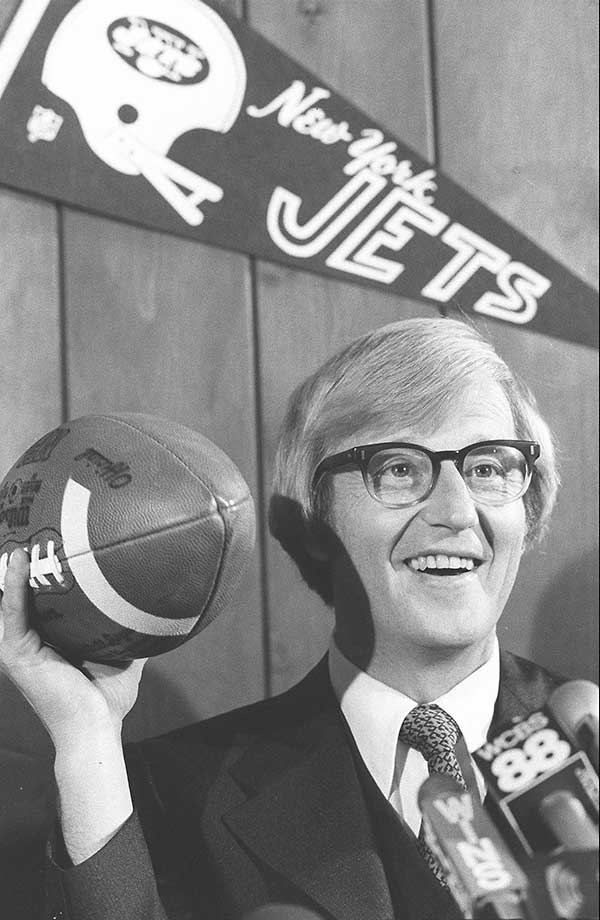 Months after signing a five-year contract, an unhappy Holtz resigned with three games still to go in the season and took a job at Arkansas. The Jets finished 3-13.