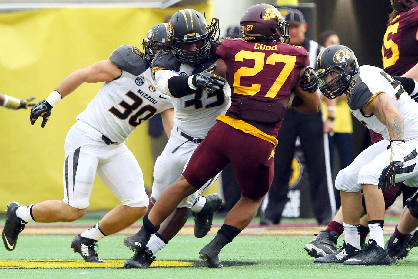 The senior dominated Minnesota, racking up 10 tackles, four TFLs, 1.5 sacks and a forced fumble.