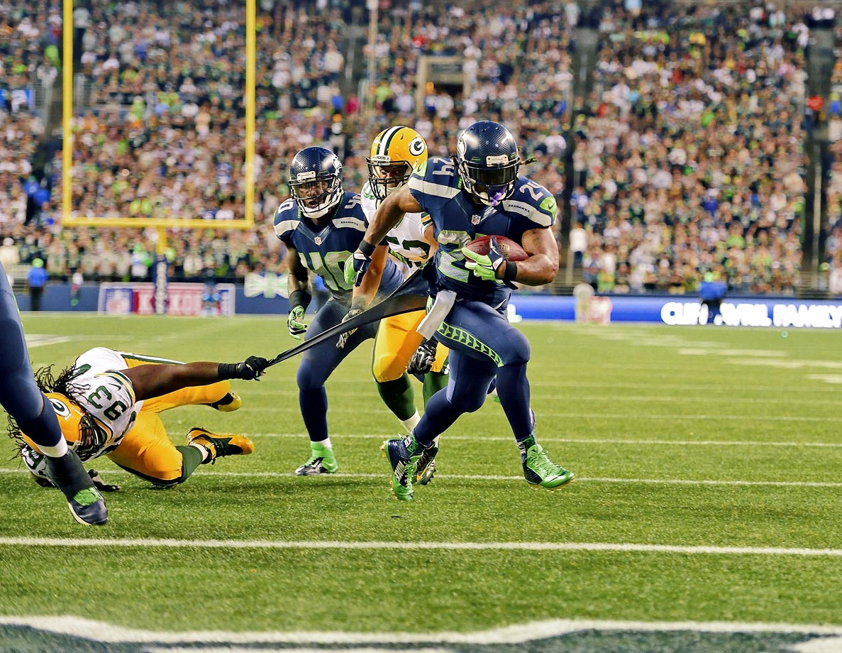 There may not be a player with a higher floor than Lynch. He has four straight seasons with at least 1,200 rushing yards, 1,400 total yards and 12 touchdowns. He's obviously better off remaining in Seattle.
