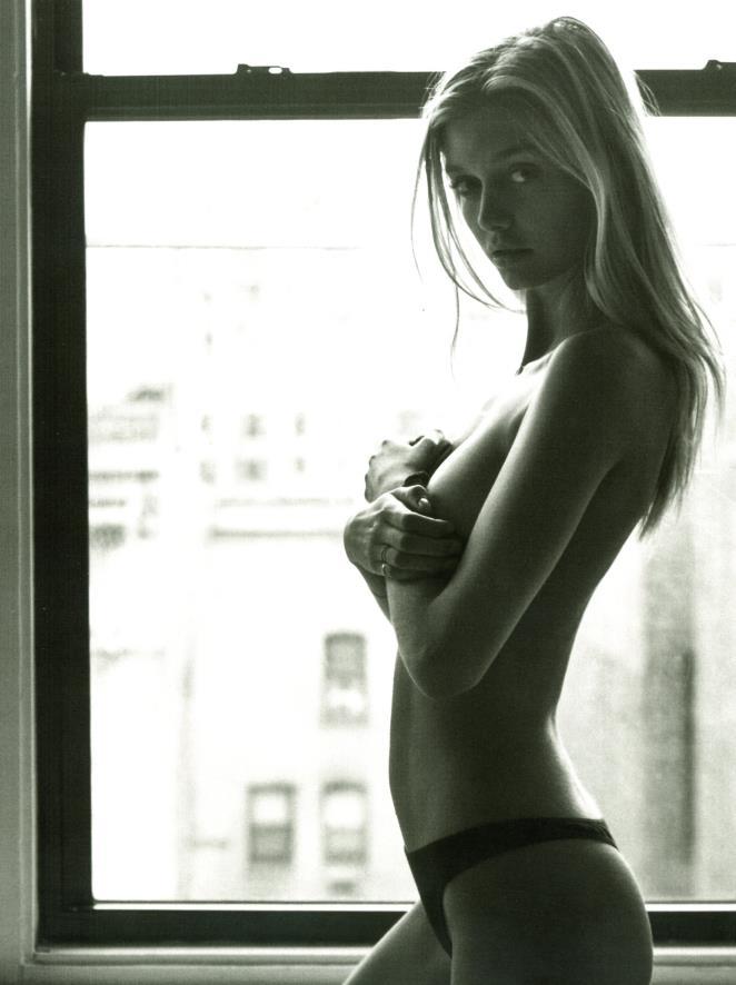 Mathilde Frachon :: Courtesy of IMG Models