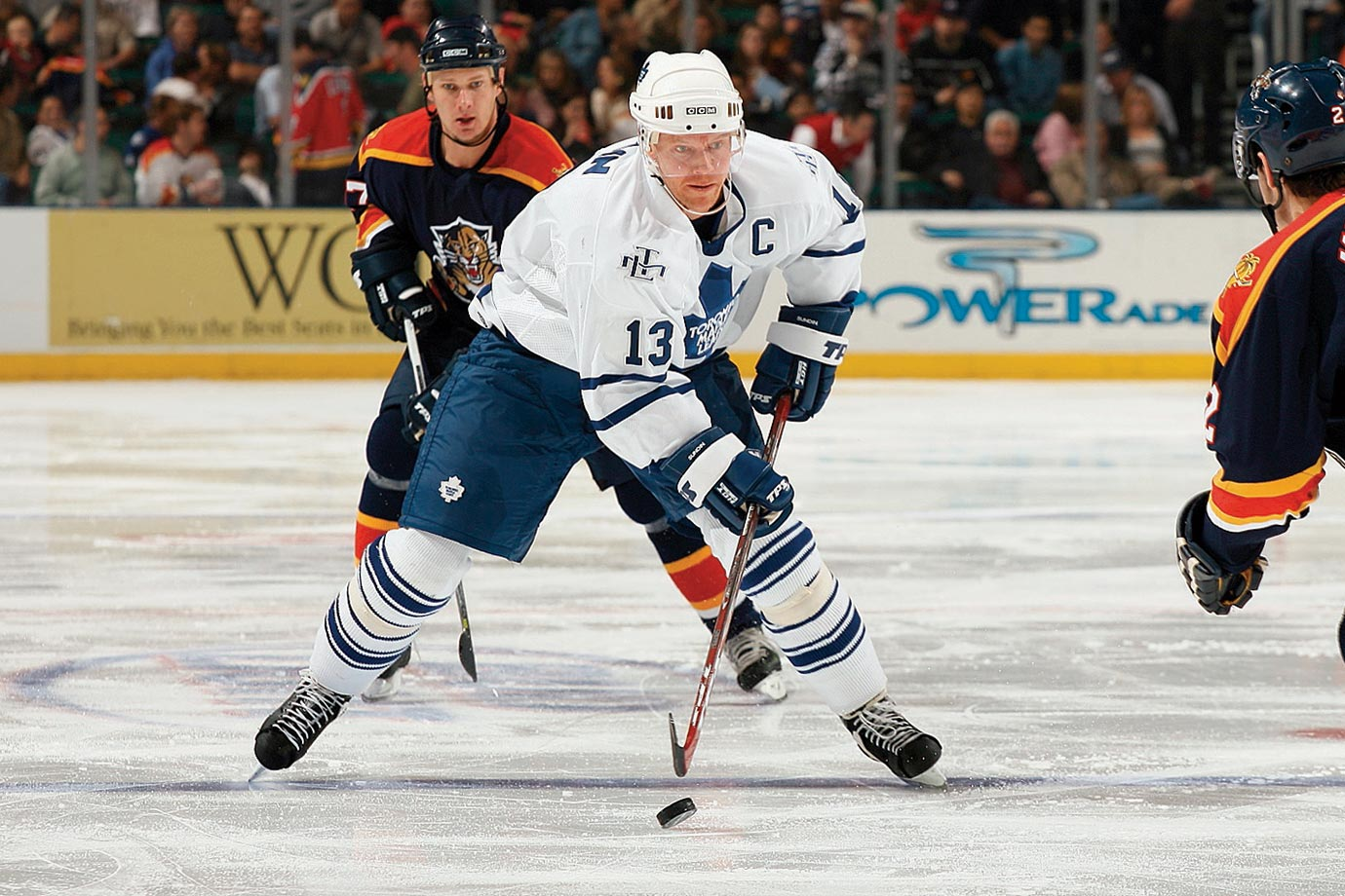 An NHL and international great who played 18 seasons with Quebec, Toronto and Vancouver, Sundin ranks in the Top 25 all time in goals and is No. 27 on the all-time points list with 1,349. The Swede was named to eight All-Star Games and he helped lead his country to gold at the 2006 Turin Olympics.