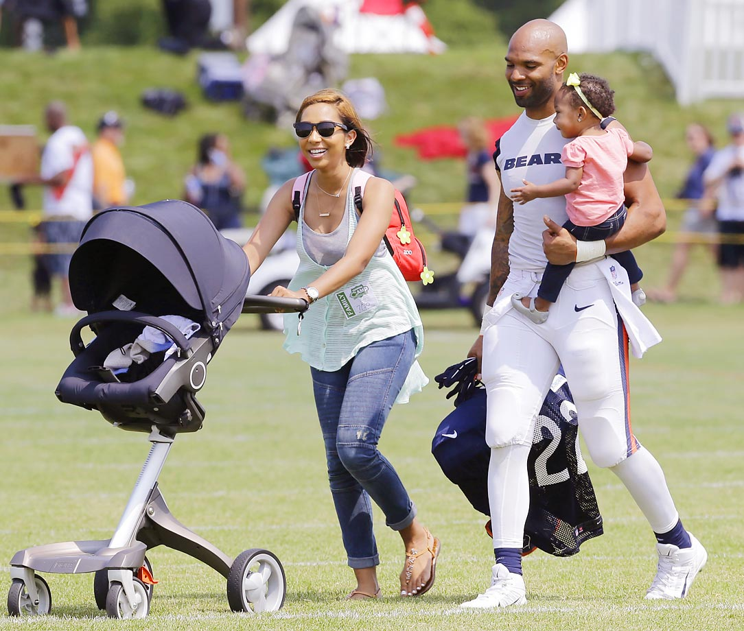 Hot Clicks: NFL Players and Their Kids at Training Camp ...