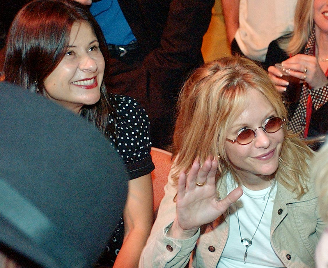 Meg Ryan and comedian Tracey Ullman say hello to fans before the Lennox Lewis-Hasim Rahman bout.