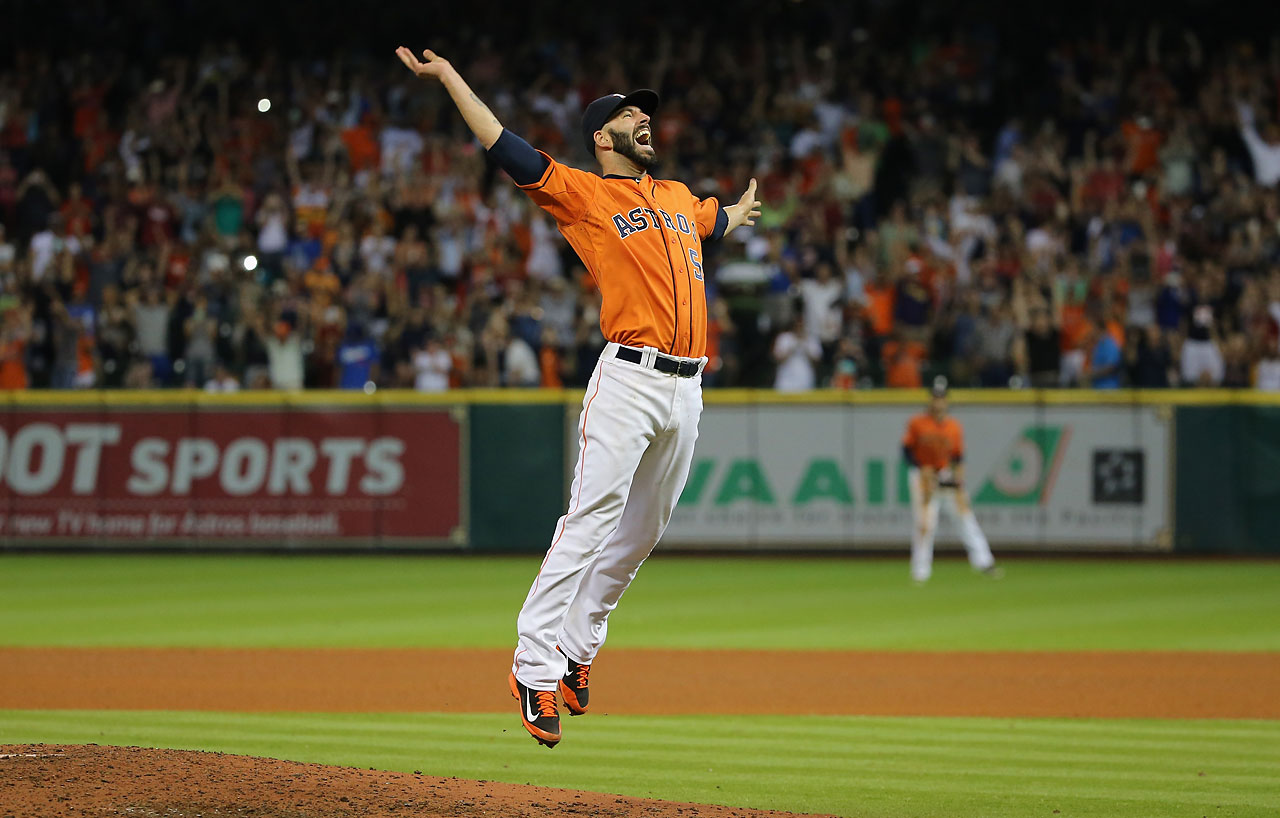 Mike Fiers celebrates after tossing a no-hitter en route to the Houston Astros defeating the Los Angeles Dodgers 3-0 at Minute Maid Park — the fifth no-hitter of the 2015 season.