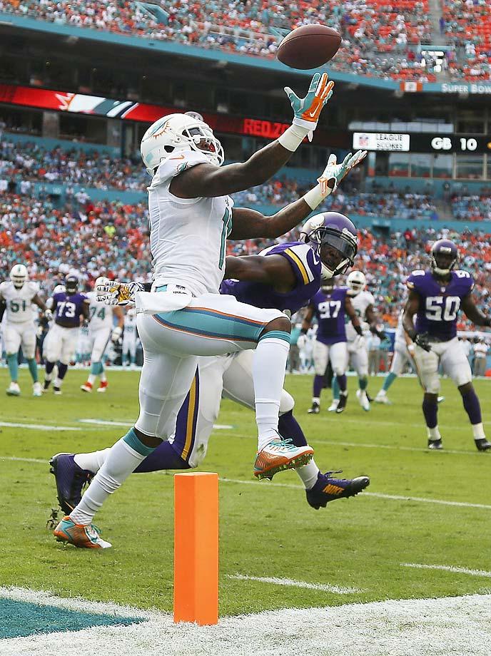 Old team: Dophins; New team: Vikings