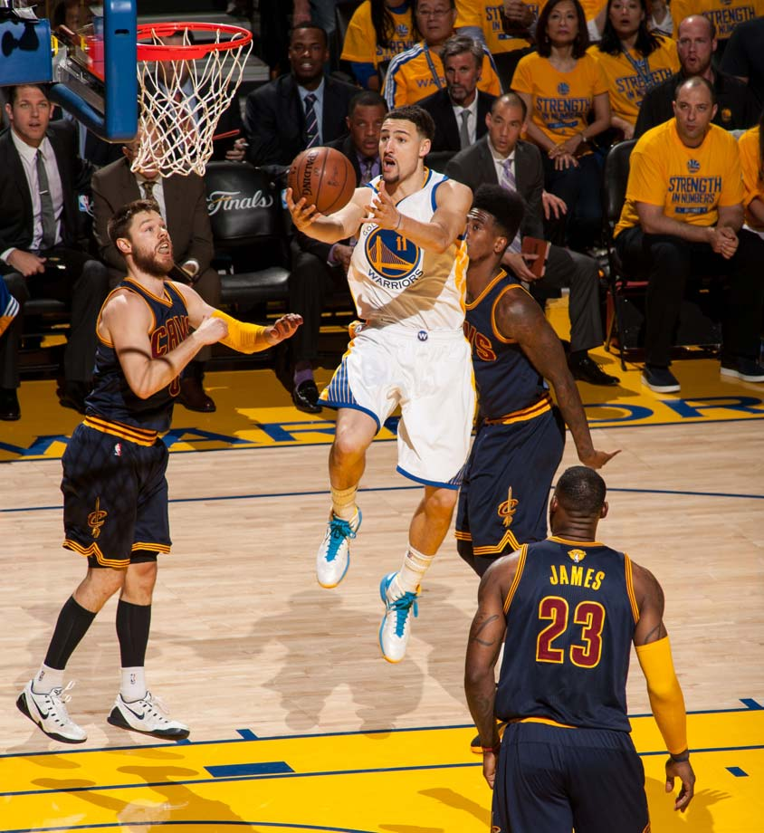Klay Thompson led the Warriors with 34 points.
