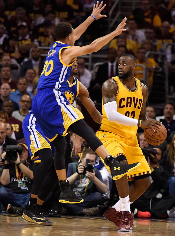 Steph Curry and the Warriors doubled LeBron James more than in earlier games, holding him to 20 points -- none in the fourth quarter.