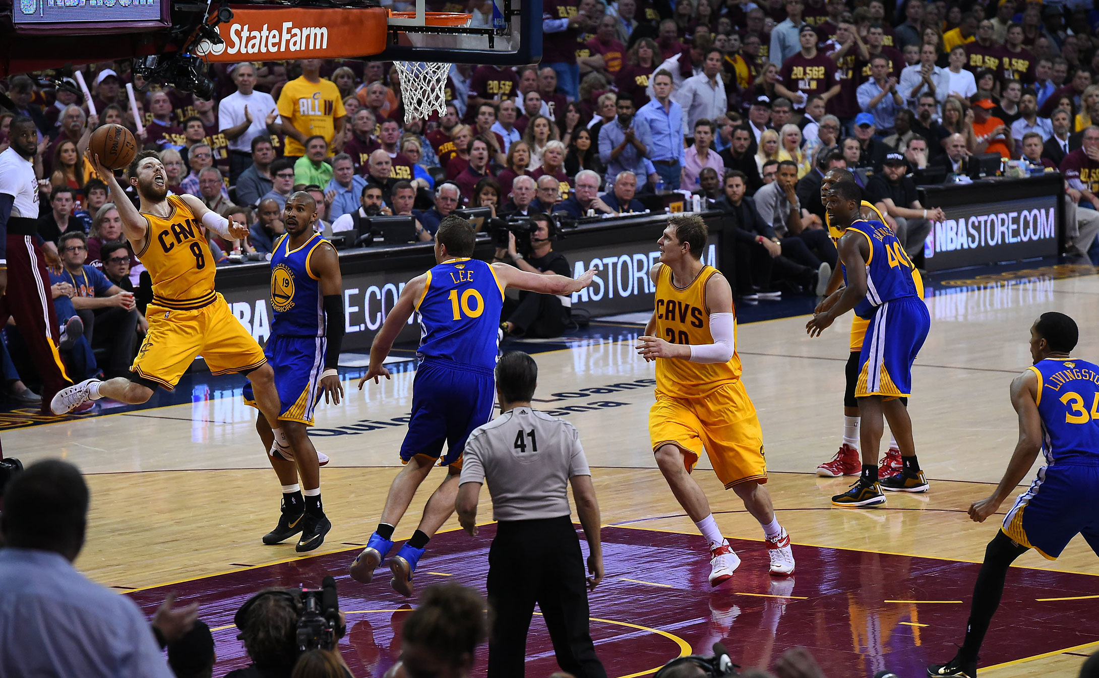 Matthew Dellavedova made only three of his 14 shot attempts.