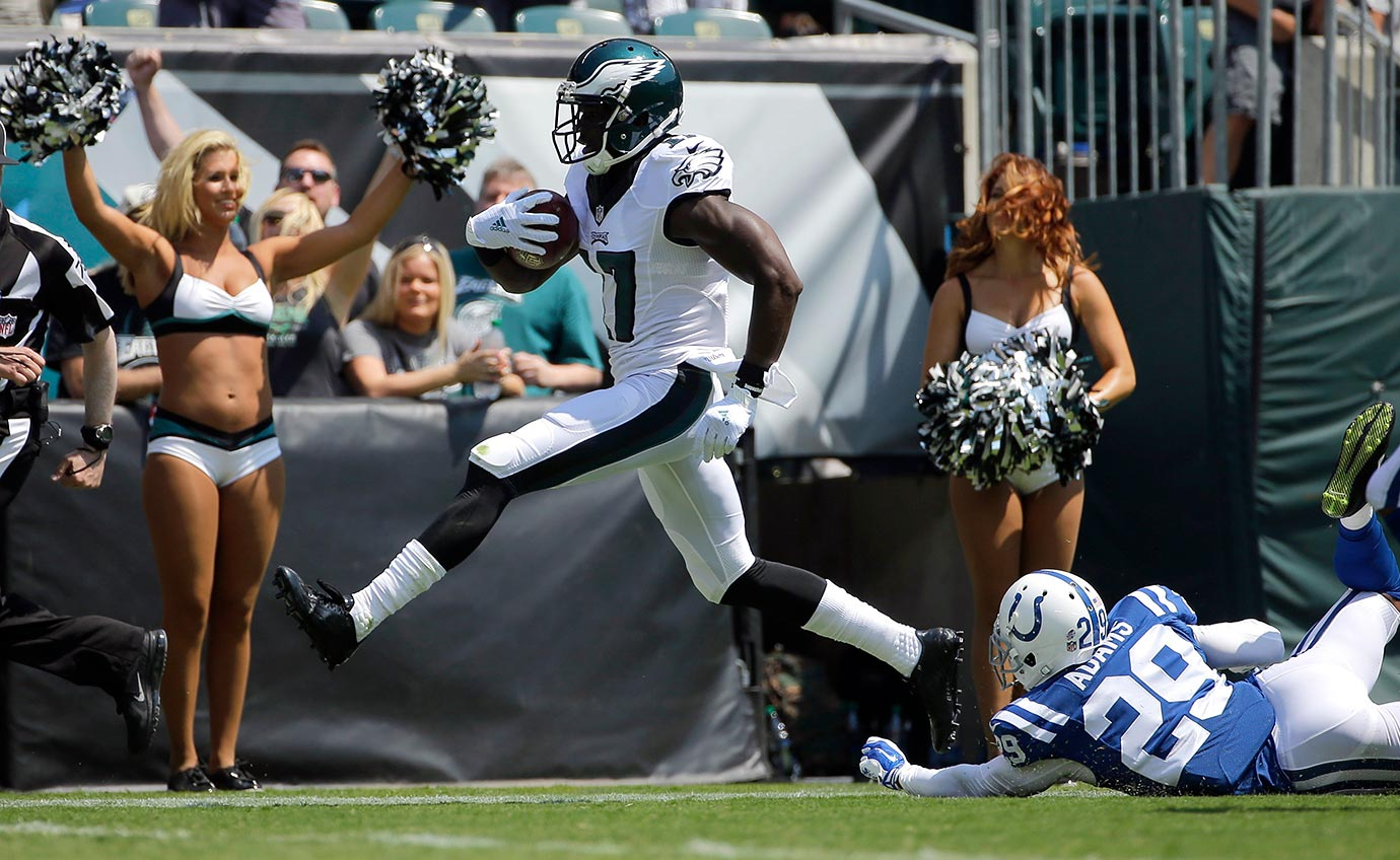 The Eagles fully expect Agholor to start alongside Jordan Matthews. Scouts questioned his strength during the combine, and many see him as a slot receiver rather than someone who can line up outside the numbers on every play. That's something to keep an eye on during the Eagles' preseason games. If Agholor shows more speed or strength than we're expecting, he'd be worth bumping up your draft boards. If he doesn't, he belongs outside the top 40 at the position. He does get a slight uptick in value thanks to his punt returning duties with the Eagles.
