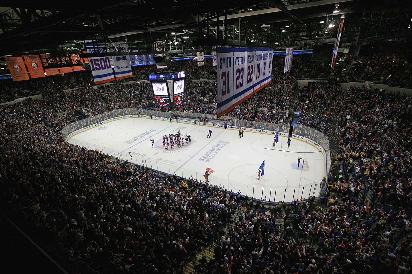 After more than 40 years and four Stanley Cup championships, the Islanders refused to give up Fort Neverlose, the only home they'd ever had, without a fight. John Tavares, Nikolay Kulemin and Cal Clutterbuck scored as New York knocked off the Capitals, 3-1, in a nasty, physical contest that extended their playoff series to a decisive Game 7 and sent the Old Barn off in fitting fashion before the team moved to new digs in Brooklyn.
