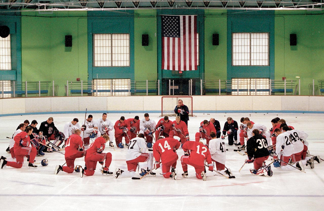 The New York Rangers, including Mark Messier, goalie Mike Richter and Brian Leetch, knelt on the ice in a moment of silent prayer after practice.