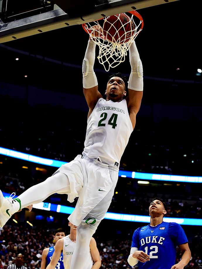 Dillon Brooks of the Oregon Ducks throws down a dunk in the victory over Duke.