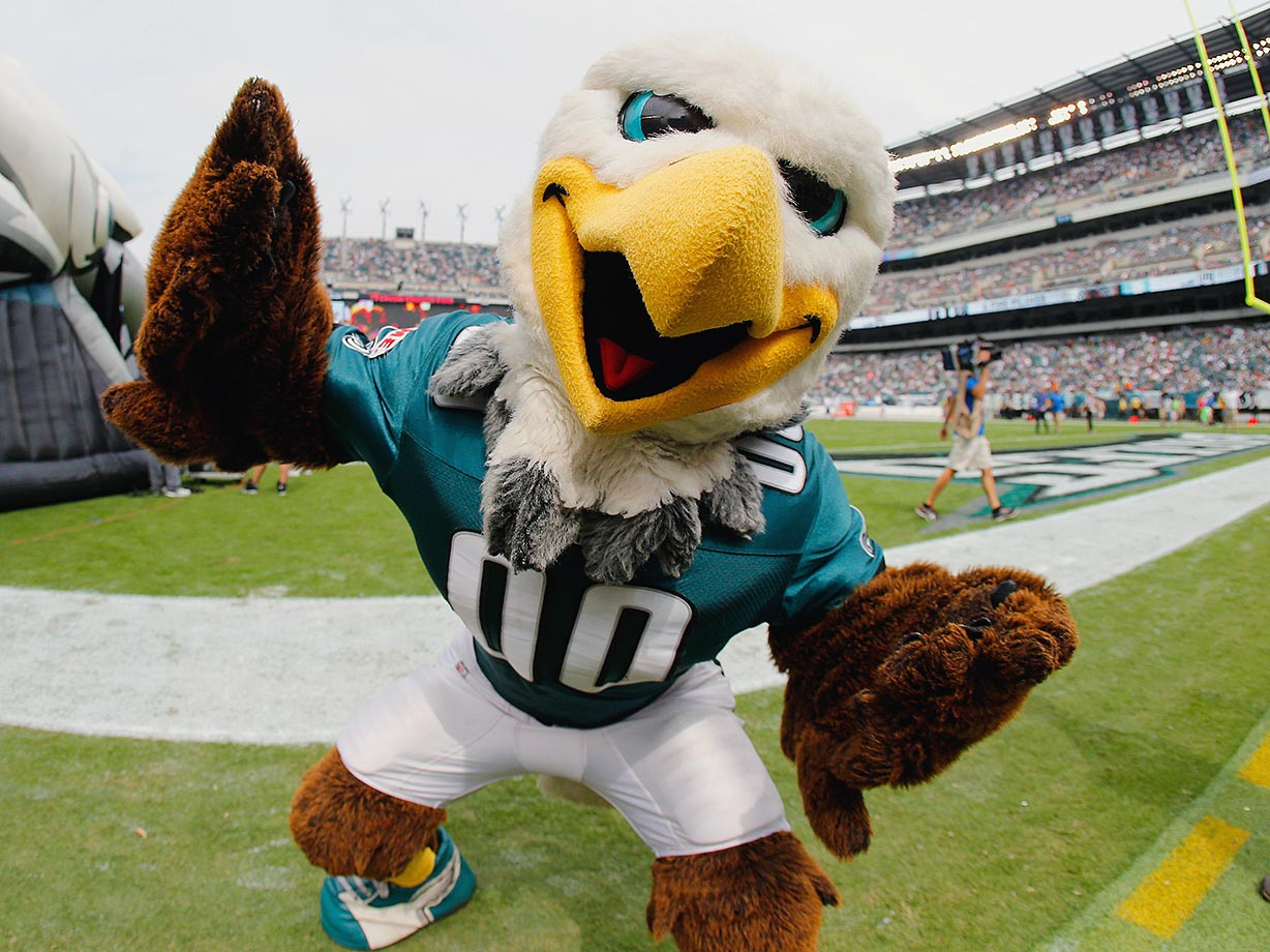 """Swoop certainly looks mean and aggressive, and the Angry Birds app might as well have been called, """"Grumpy Swoop."""" Sadly, he likely boos the baby birds in his nest rather than feed them."""