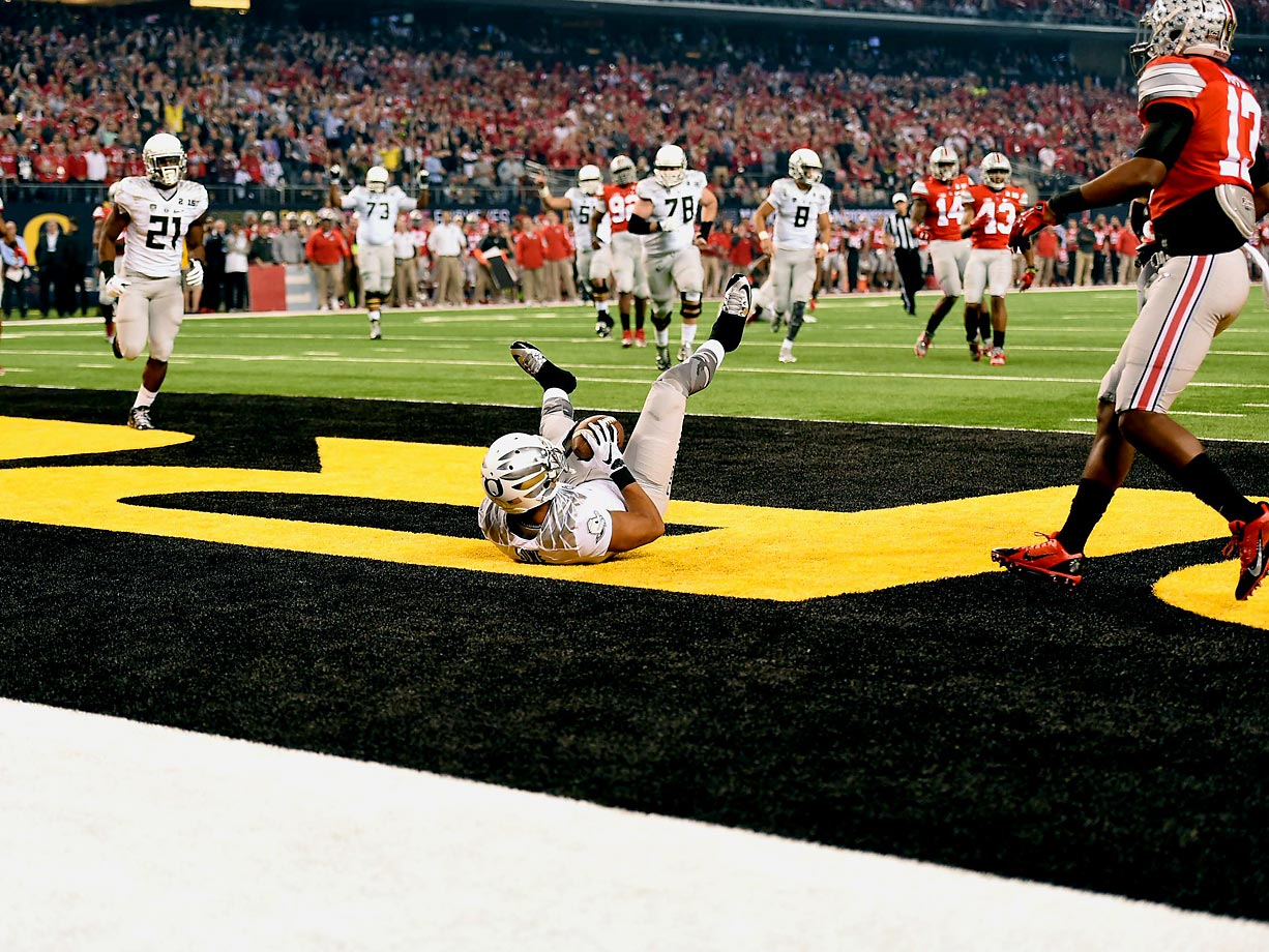 Keanon Lowe's touchdown gave the Ducks false hopes that this would be their night. Despite getting four Ohio State turnovers, Oregon scored only 20 points.