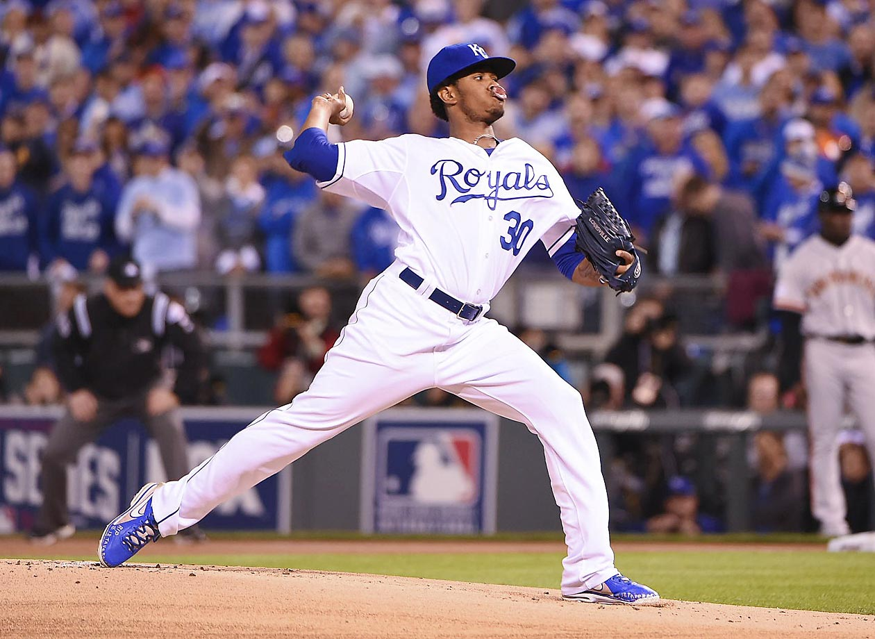 Royals starting pitcher Yordano Ventura starting off his strong night in the first.