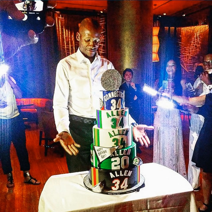 Ray Allen celebrated his 40th birthday with a very impressive cake that celebrated both his illustrious NBA career, which included time spent with the Bucks, Sonics, Celtics and Heat, as well as his time as a college basketball star at UConn.