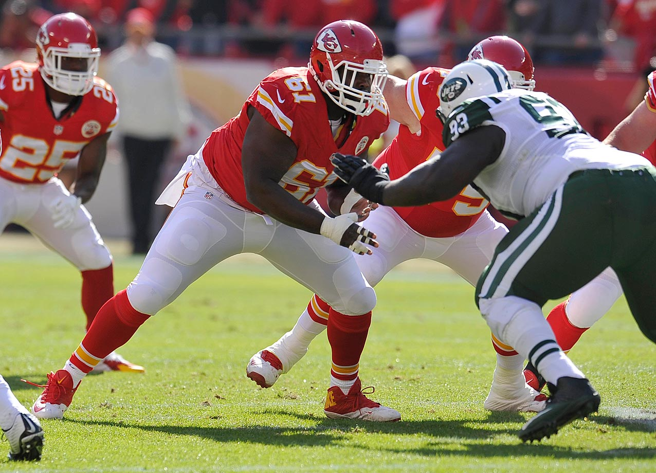 Not yet elite, but on his way. Rock-solid run- and pass-blocking. Not a well-known name, but Chiefs' rivals know his value and may come knocking, along with many others.