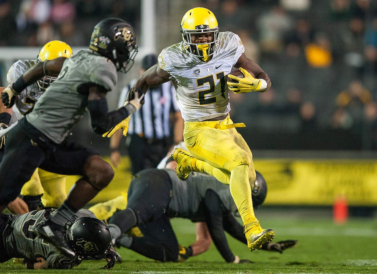 Freeman broke LaMichael James's single-season school record after racking up 1,836 yards and 17 touchdowns in his sophomore year. He topped 150 yards in five games, including a 246-yard, two-touchdown performance against Washington State. The junior will be the go-to guy once again this fall as Oregon reloads after a 9-4 season.