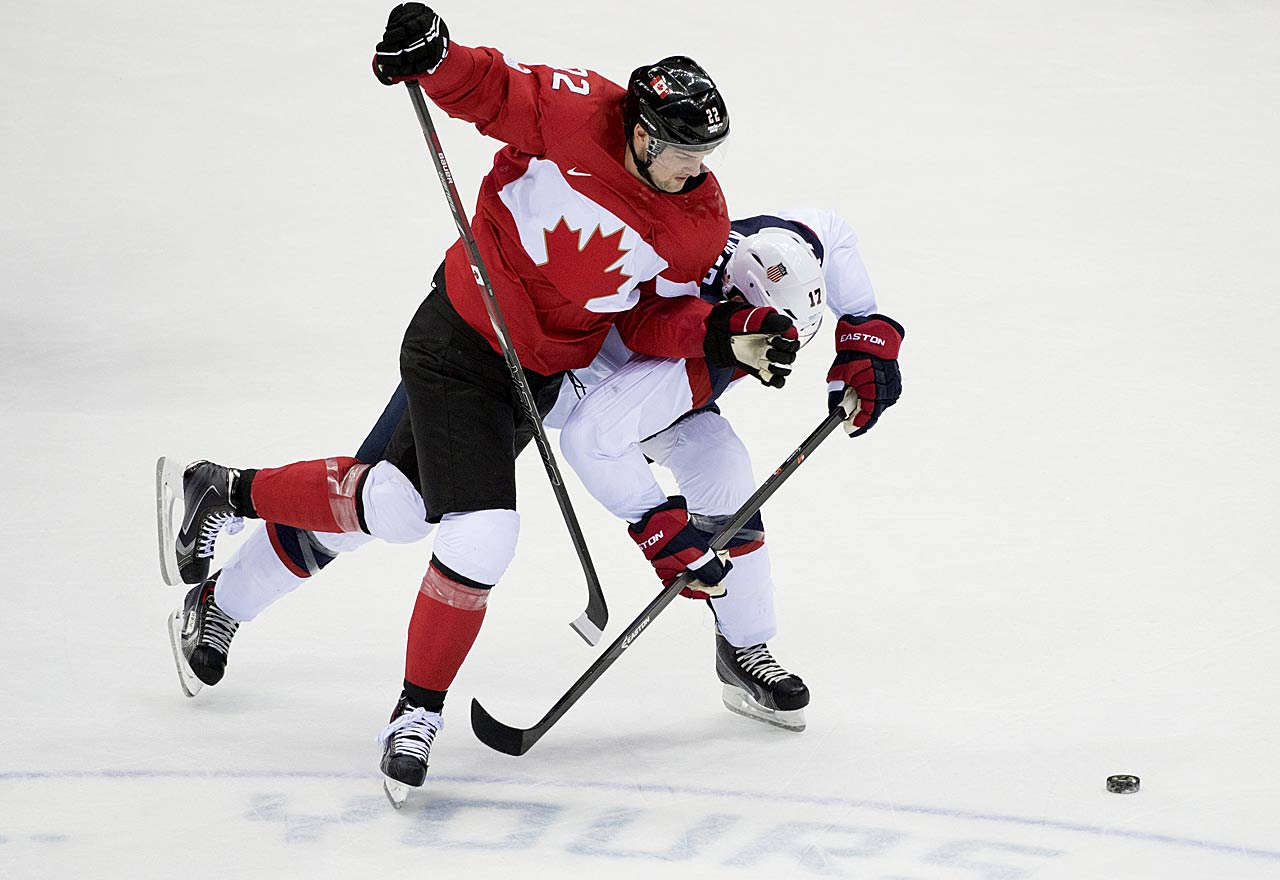 Ryan Kesler battles Jamie Benn during a loss that dropped the U.S. into the bronze-medal game against Finland.