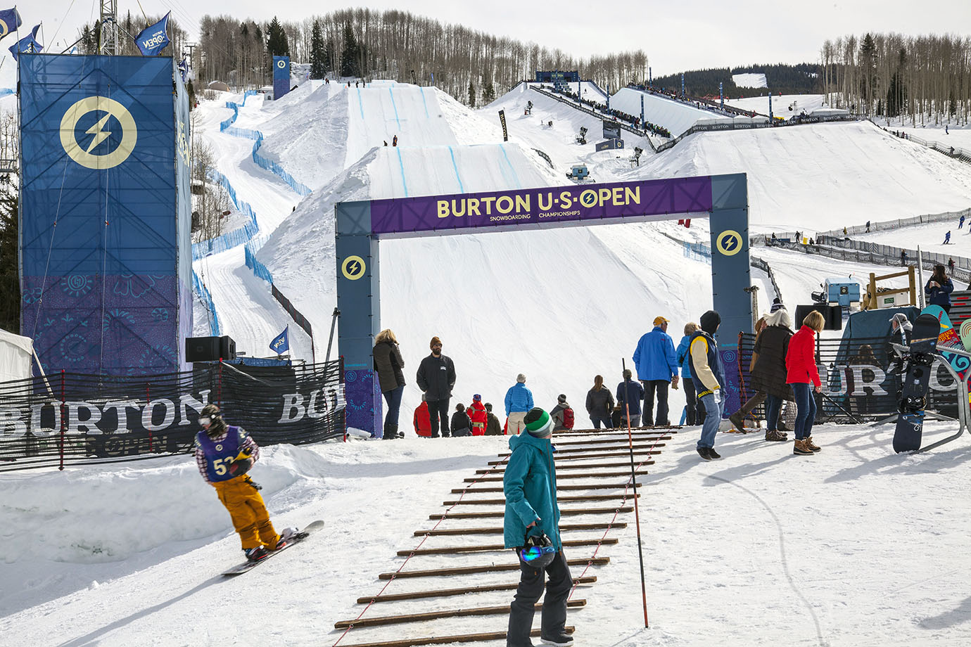 The U.S. Open features two events: Slopestyle and Superpipe. The course also features an athlete's lounge that, unlike other competitions, gave riders a premium view of both event sites.