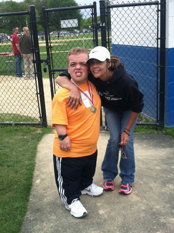 @SInow Harry Alley and Mom @CampLooch at Spring 2014 games at Special Olympics! #KeepGoodGoing