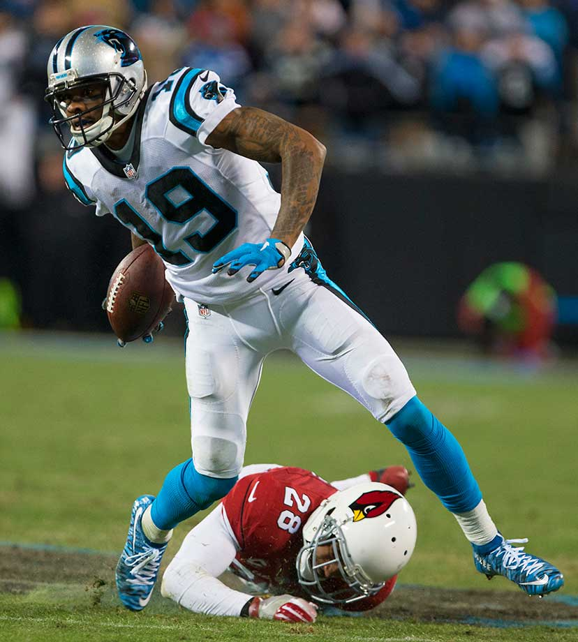 Ted Ginn breaks away from cornerback Justin Bethel.