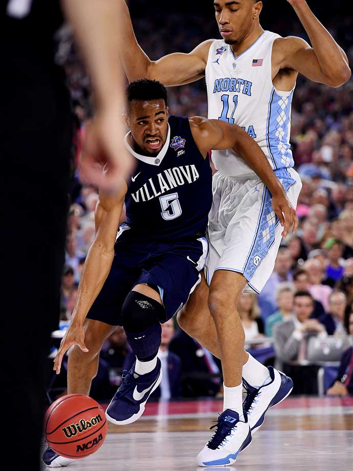 Phil Booth scored a career-high 20 points off the bench for the Wildcats.