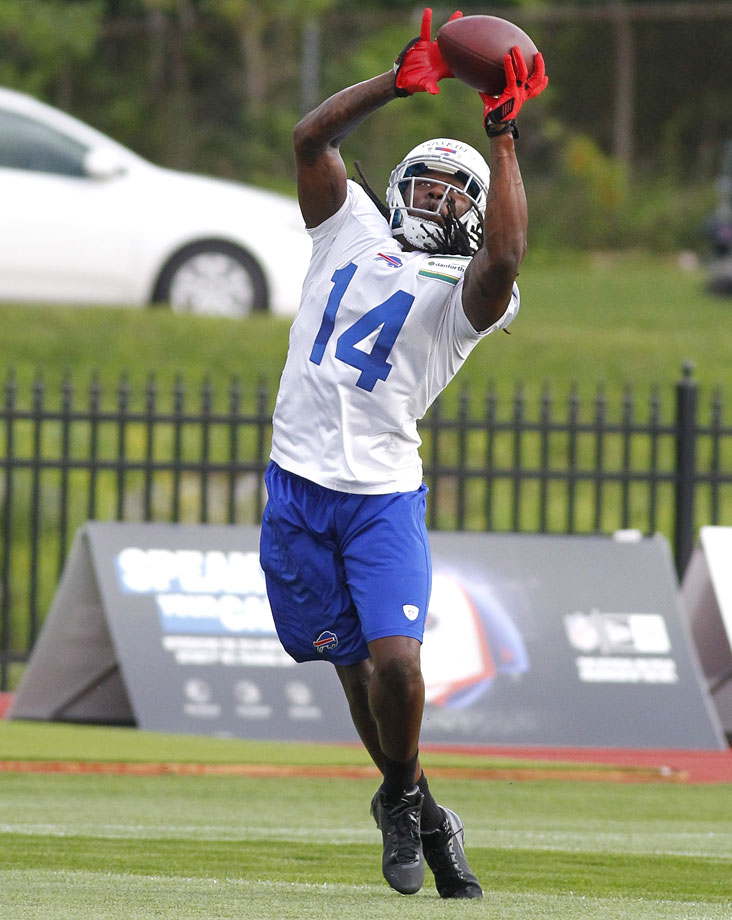 Sammy Watkins caught 101 passes for 1,464 yards and 12 touchdowns in 2013, cementing his status in many minds as the finest receiver in a loaded 2014 draft class. The Bills agreed with that notion, not only selecting him in the first round, but also trading up from the ninth overall pick to the fourth -- and giving up their 2015 first-round pick in the process. It's time to see if their gamble was worth it.