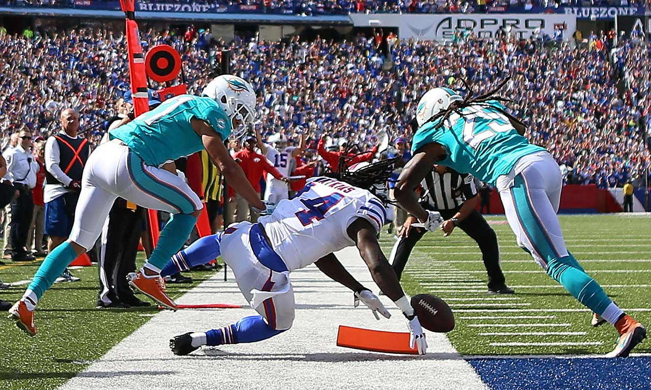 Sammy Watkins scores a touchdown against the Miami Dolphins in Buffalo's 29-10 victory.
