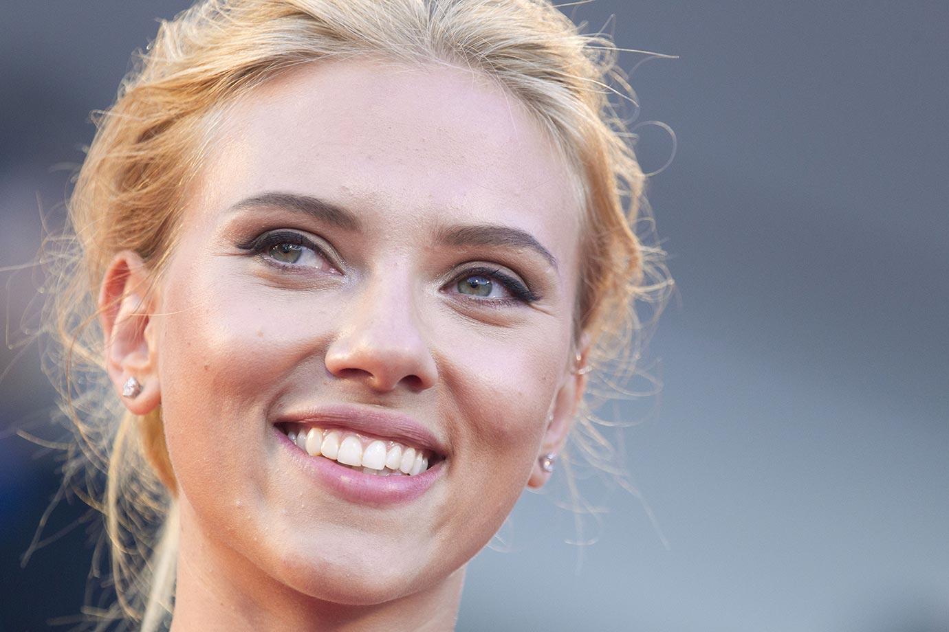 Scarlett Johansson :: Getty Images