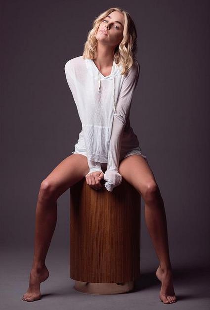 Elizabeth Turner :: Courtesy of Elite Model Management