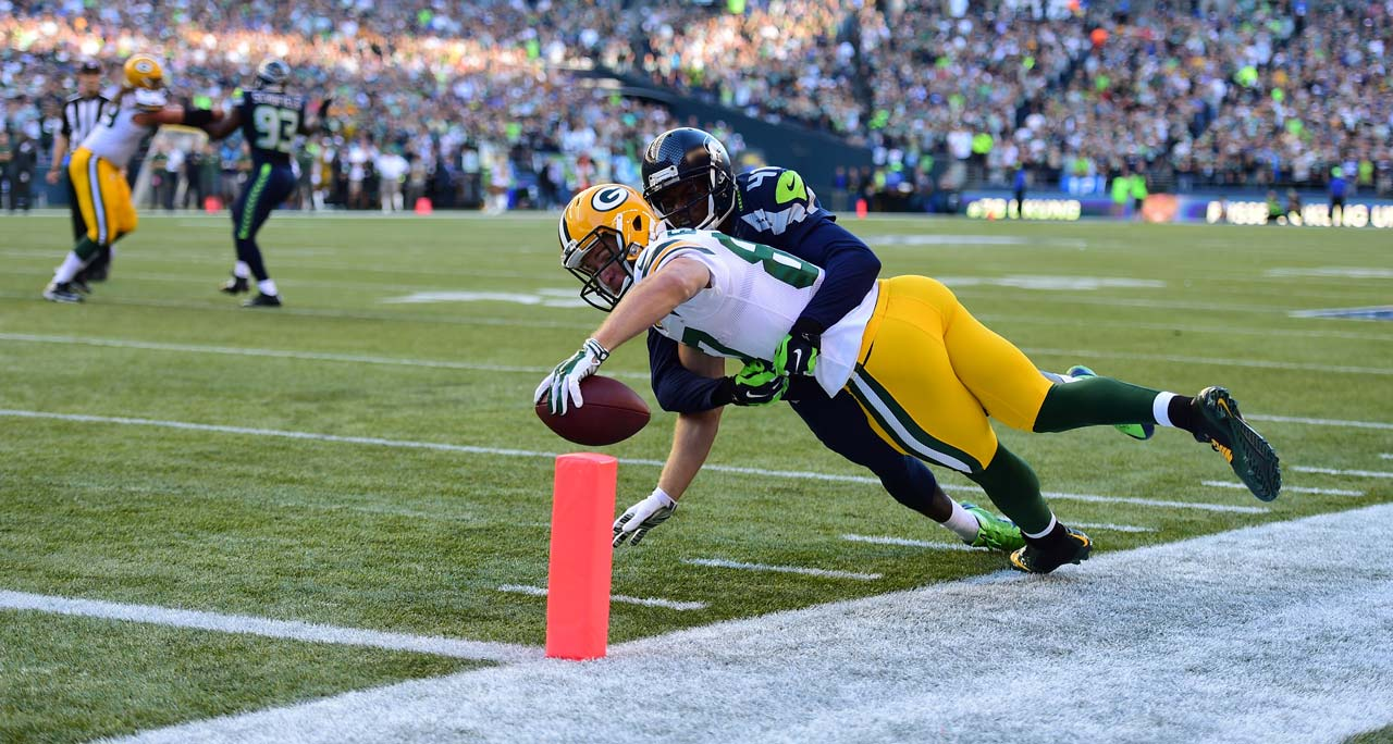 Jordy Nelson stepped out of bounds before he could score on this play. He led Green Bay with nine receptions and 83 yards.