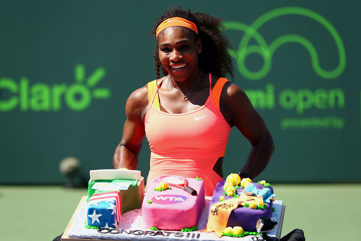 Serena Williams received a cake to celebrate her 700th WTA Tour win on April 1, 2015 in Key Biscayne, Fla.
