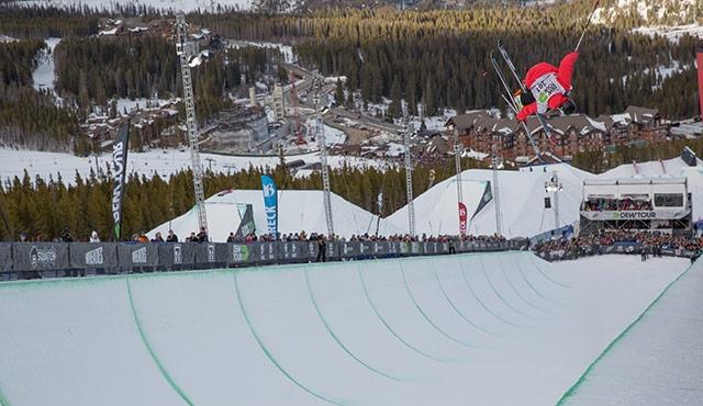 Simon d'Artois in the men's ski halfpipe finals.