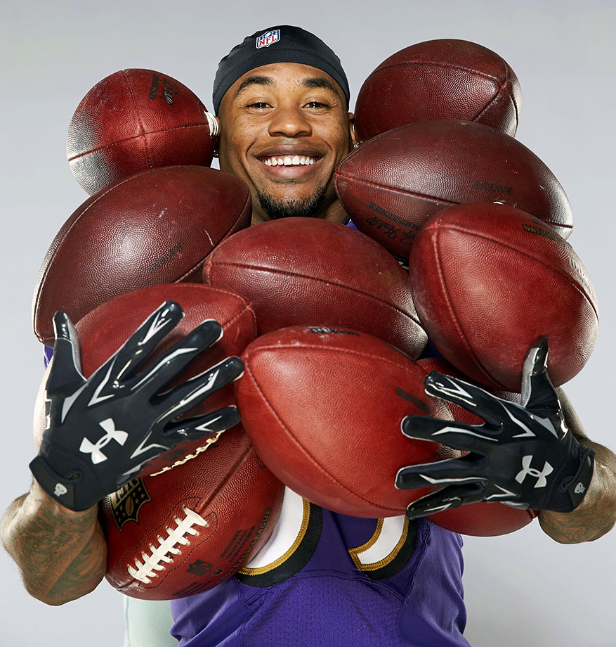 Steve Smith, 36, told the Baltimore Ravens in August that the 2015 season will be his last in the NFL. The five-time Pro Bowl receiver is one of 12 players in NFL history with over 900 receptions. He entered his 15th and final NFL season with 13,000 receiving yards and 70 touchdown receptions.